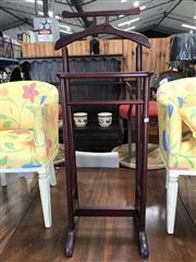 Sale 8868 - Lot 1524 - Timber Gents Valet
