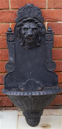Sale 9080H - Lot 3 - A cast iron water feature with lion mask, height 75cm Width across 36cm