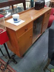 Sale 8607 - Lot 1072 - Vintage Australian Maple Sideboard (H: 92 W: 160 D: 45cm)