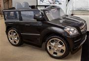 Sale 8709 - Lot 1010 - A childs GL 450 Mercedes Benz, L x 105cm