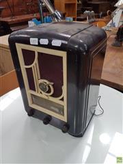 Sale 8601 - Lot 1495 - Mullard Bakelite Mantle Radio