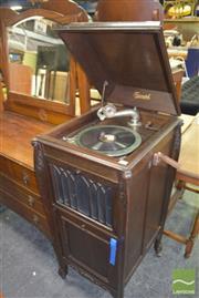 Sale 8390 - Lot 1197 - Triumph Oak Case Gramophone