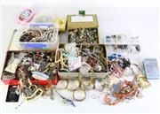 Sale 8994 - Lot 28 - Vintage Costume Jewellery