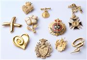 Sale 8550F - Lot 67 - A quantity of good quality costume jewellery, including enamelled brooches.