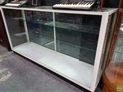 Sale 8589 - Lot 1007 - Glass Front Display Cabinet (94 x 180 x 45cm)