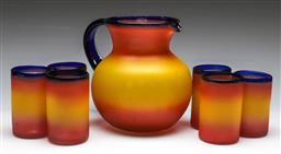 Sale 9156 - Lot 8 - Vintage textured 6 person drinks suite inc jug (H:23cm)