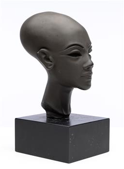 Sale 9245R - Lot 98 - A bust of a figure from the Valley of the Kings by Alba Museum Copyright Replicas, New York. Ht: 29cm