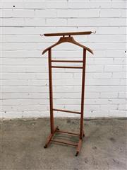 Sale 9071 - Lot 1065 - Italian Gentlemans Valet (h:104cm)