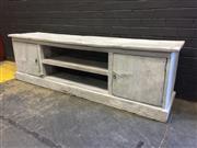 Sale 9006 - Lot 1034 - Rustic Timber Entertainment Unit (h:59 x w:201 x d:45cm)