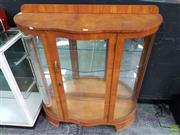 Sale 8589 - Lot 1005 - Glass Front Display Cabinet with Mirrored Back and Glass Shelves