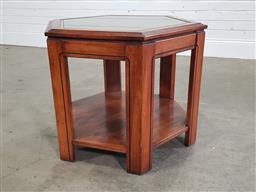 Sale 9191 - Lot 1073 - Hexagonal sidetable with glass top (h54 x d70cm)