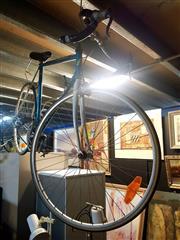 Sale 8663 - Lot 2180 - Advantix Mens Bike