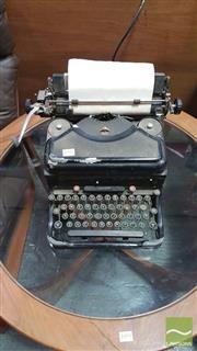 Sale 8383 - Lot 1092 - Vintage Remington Typewriter
