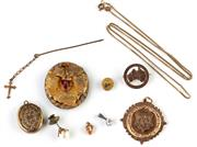 Sale 8731 - Lot 303 - A GROUP OF GOLD JEWELLERY; a presentation fob by Willis, Australiana brooch, curb chain, stone set embossed brooch, and heart charm...