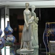 Sale 8379 - Lot 72 - Lladro Figure