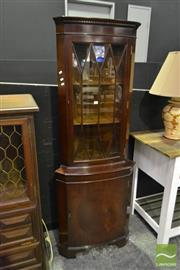 Sale 8520 - Lot 1077 - Georgian Style Corner Cabinet