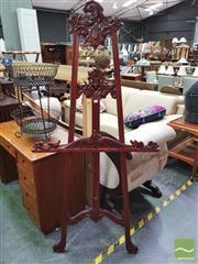 Sale 8447 - Lot 1064 - Mahogany Artists Easel