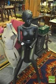 Sale 8352 - Lot 1072 - Female Mannequin