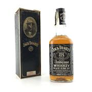 Sale 8611W - Lot 58 - 1x Jack Daniels Old No.7 Tennessee Whiskey - old bottling, in box