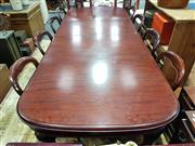 Sale 8834 - Lot 1014 - Victorian Mahogany Extension Dining Table with 2 Leaves (Winder in Office)