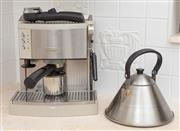 Sale 8902H - Lot 70 - A De Longhi espresso machine together with a metal stove top kettle