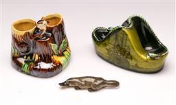 Sale 9114 - Lot 14 - Ceramic Kookaburra vase (H:9cm), ship paperweight and a Platypus