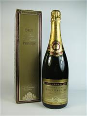 Sale 8335W - Lot 623 - 1x NV Louis Roederer Brut Premier, Champagne - old bottling, in box