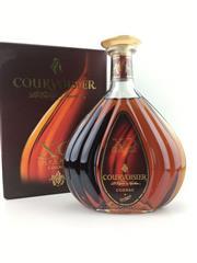 Sale 8553 - Lot 1771 - 1x Courvoisier XO Cognac - in box