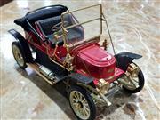 Sale 8817C - Lot 509 - Franklin Mint 1911 Stanley Steamer Scale Replica in Original Box