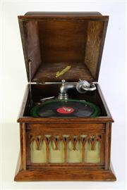 Sale 8989 - Lot 39 - A 1920s Era Rexonola Gramophone In Oak (37cm x 53cm x 40cm)
