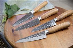 Sale 9080K - Lot 12 - USK Signature Wagyu Steak Knife Set of 4 - olive-wood handles in timber box