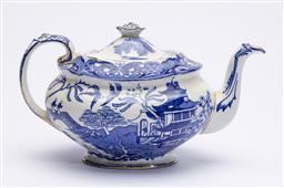 Sale 9170H - Lot 13 - A Burleigh Ware Willow pattern teapot, Length 25cm