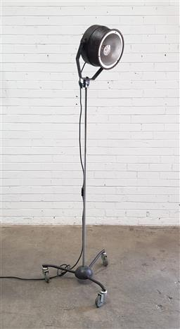 Sale 9108 - Lot 1029 - Vintage industrial floor lamp on tripod base (h183cm)