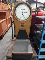 Sale 8723 - Lot 1014 - Vintage Avery Scales