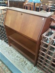 Sale 8676 - Lot 1314 - Plywood Drop Front Desk