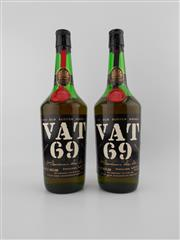 Sale 8498 - Lot 2022 - 2x Sanderson & Son Distillers Vat 69 Scotch Whisky - old bottling, some losses