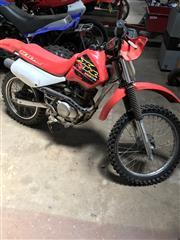 Sale 8677A - Lot 102 - A Honda 100R Motorbike 1999 model