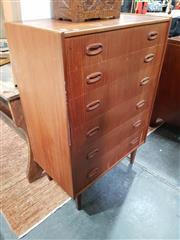 Sale 8834 - Lot 1078 - Parker Chest of Six Drawers (H: 113 W: 76.5 D: 45.5cm)