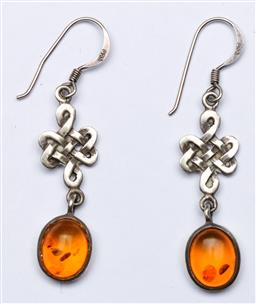 Sale 9144 - Lot 52 - Pair of vintage sterling Silver and amber Celtic knot suspension earrings, marked 925 - wt 2.45g