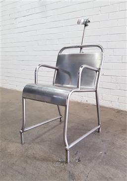 Sale 9117 - Lot 1022A - Physicians vintage metal chair (h110 x w45 x d62cm)