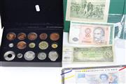 Sale 8731 - Lot 488 - AN AUSTRALIAN BANKNOTE A FACSIMILE COIN COLLECTION AND OTHERS; Queen Elizabeth II one pound, Coombs & Wilson HA42/808177, New Zealan...