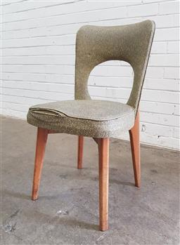 Sale 9108 - Lot 1036 - Vintage timber dining chair (h80 x w40 x d35cm)