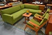 Sale 8528 - Lot 1027 - Vintage L Shaped Woollen Lounge and 2 Armchairs