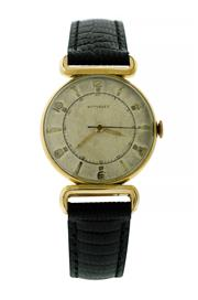 Sale 8522A - Lot 41 - A vintage mens 1950s Wittnauer wristwatch by Longines, 10K gold filled case, 17 jewel manual wind, 30 mm, good condition.