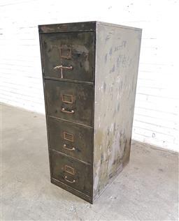 Sale 9112 - Lot 1021 - Metal industrial filing cabinet (h:130 w:46 d:72cm)