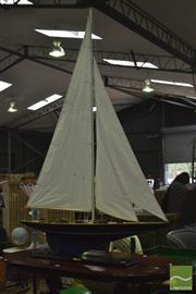 Sale 8347 - Lot 1097 - Large Pond Yacht