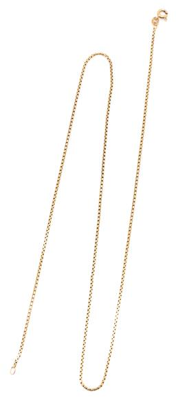 Sale 9160 - Lot 333 - AN 18CT GOLD CHAIN; 1.4mm wide box link chain to bolt ring clasp, length 60cm, wt. 6.75g.
