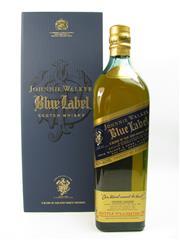 Sale 8290 - Lot 485 - 1x Johnnie Walker Blue Label Blended Scotch Whisky - 700ml in box w slip-case