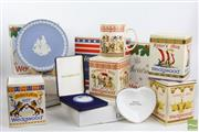 Sale 8490 - Lot 214 - Large Collection Of Wedgewood Plates And Ceramics Incl American  Themed Examples