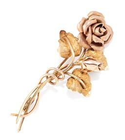 Sale 9169 - Lot 378 - A 14CT GOLD ROSE BROOCH; 2 roses with 3 leaves, size 55 x 25mm, wt.6.5g.